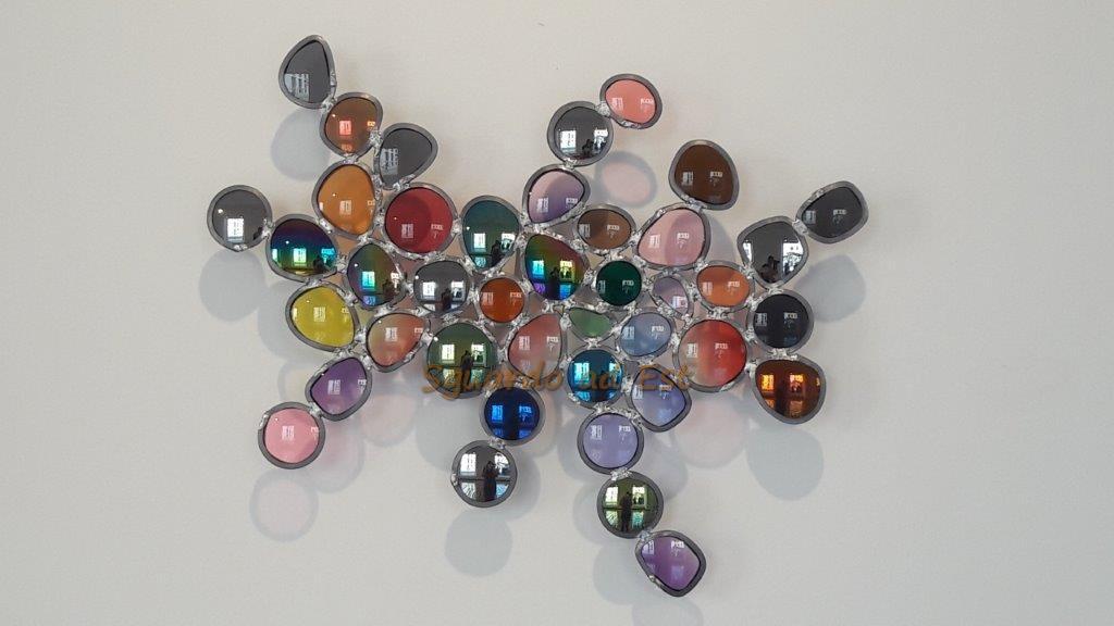 colori psichedelici di Jim Lambie